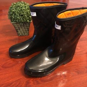 Shoes - Women's Rainboots (listed at 11 but will fit 12)